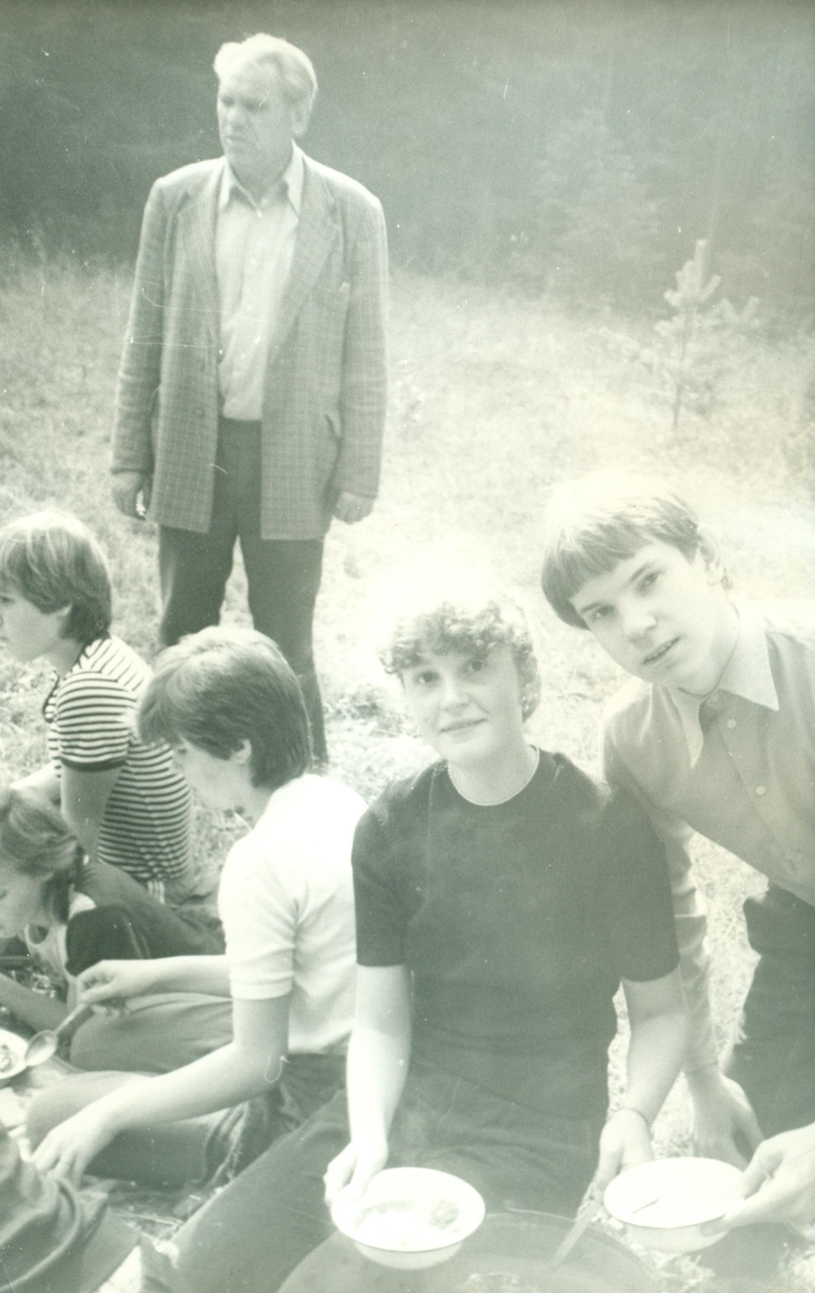 В турпоходе с Николаем Ивановичем Емельяновым. 1985 год