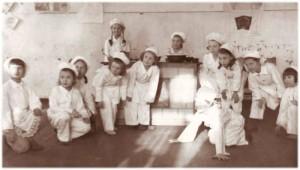 Выступление учащихся школы №18 в госпитале №2551. 1942 год