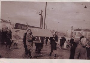 На первомайской демонстрации. 1961 год