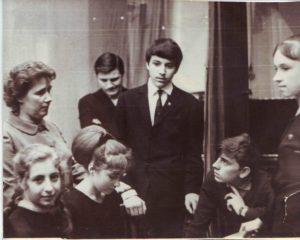 Участники клуба любителей поэзии Юность с Галиной Евгеньевной Зайцевой